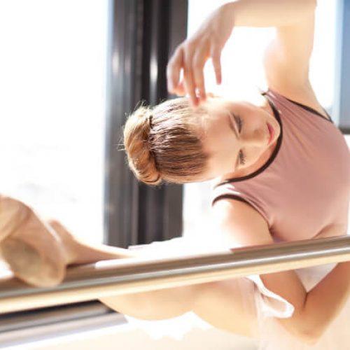 Aprenda a fazer um coque de bailarina