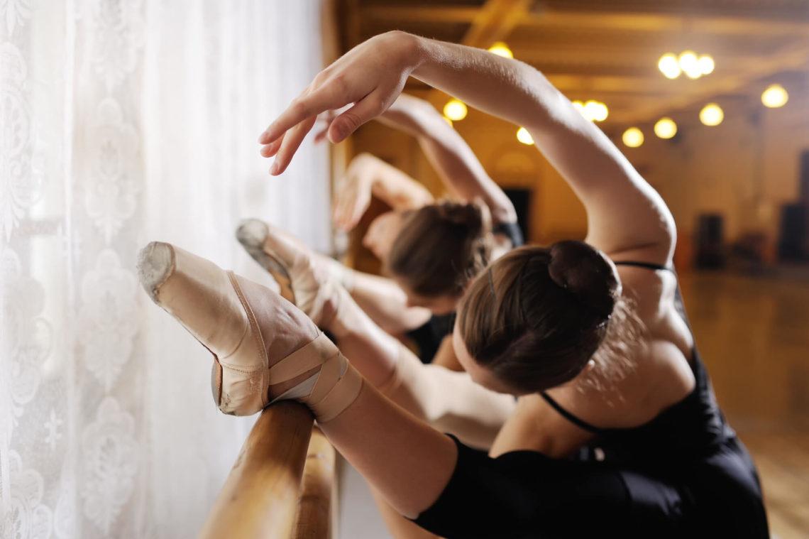 169069-estudar-ballet-no-exterior-vale-a-pena-o-risco