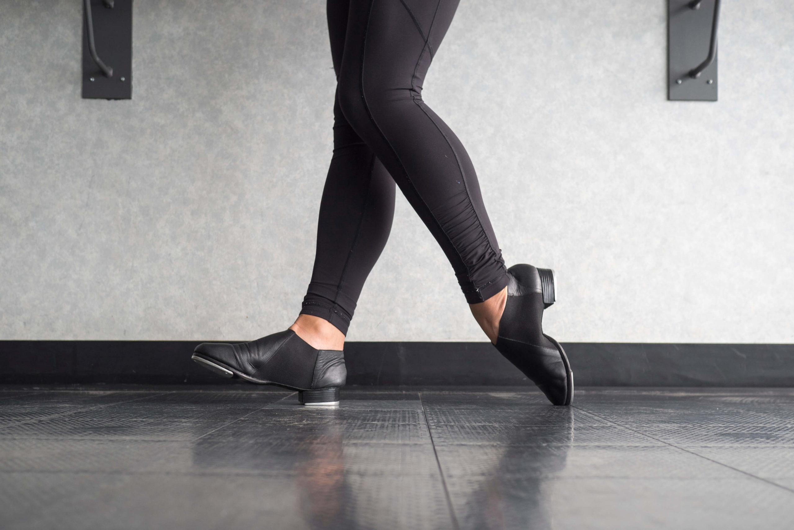 313245-descubra-como-fazer-sapateado-e-as-maiores-vantagens-da-danca