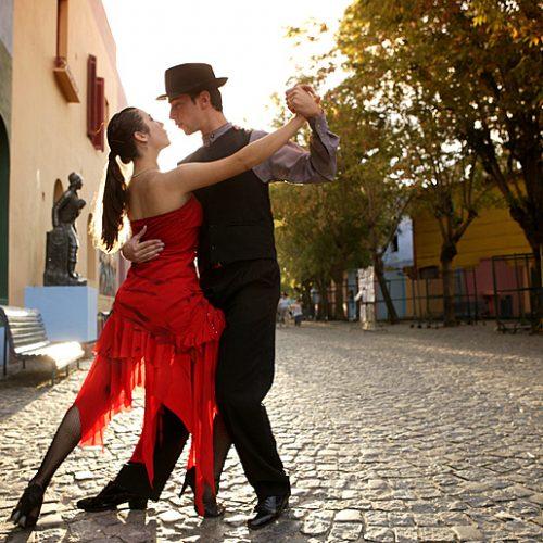 Conheça 4 ritmos latinos e as suas principais características!
